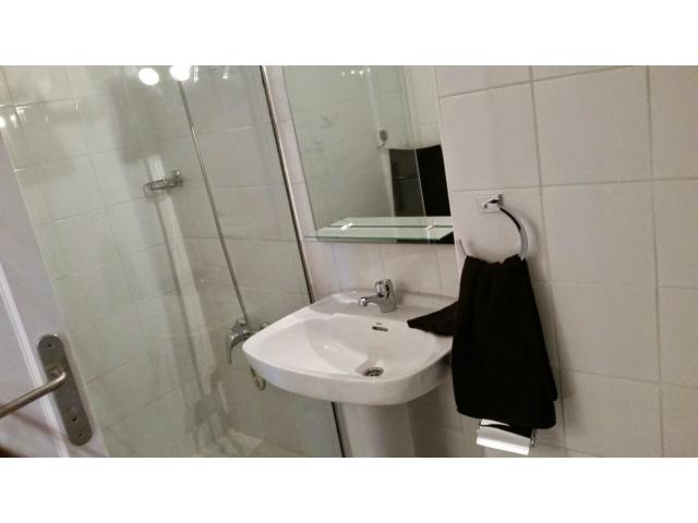 the bathroom - Neptuno Apartments, El Cotillo, Fuerteventura